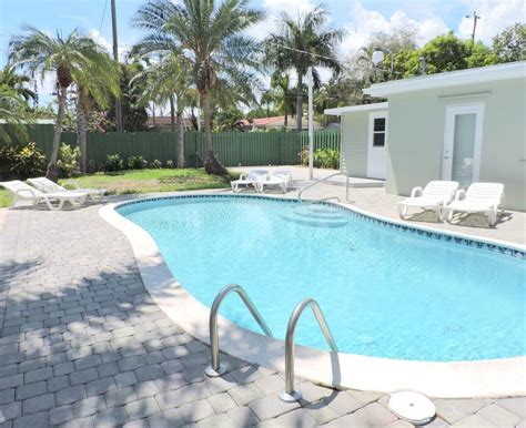 las palmas new 5 bedrooms 3 baths heated homeaway