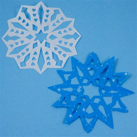 How To Make Small Snowflakes From Paper - easy way to make paper snowflakes friday