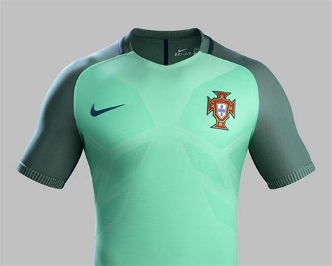 Kaos Eropa Fifa World Cup 2016 by Les Nouveaux Maillots Du Portugal 2016 Maillots