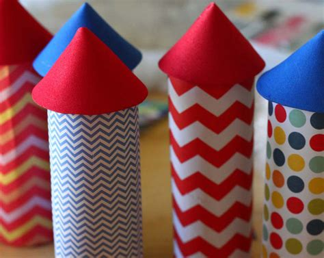 How To Make A Firework Out Of Paper - sparkly paper fireworks think crafts by createforless