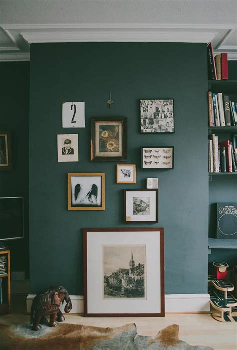 25 best ideas about green painted walls on pinterest 25 best ideas about dark green walls on pinterest dark