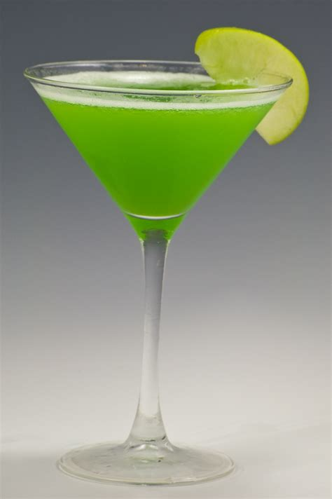 sour apple martini sour apple martini favorite recipes pinterest
