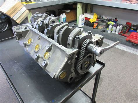 Small Block Chevy Engine by 427 Small Block Chevy Turn Key Crate Engine With 550 Hp