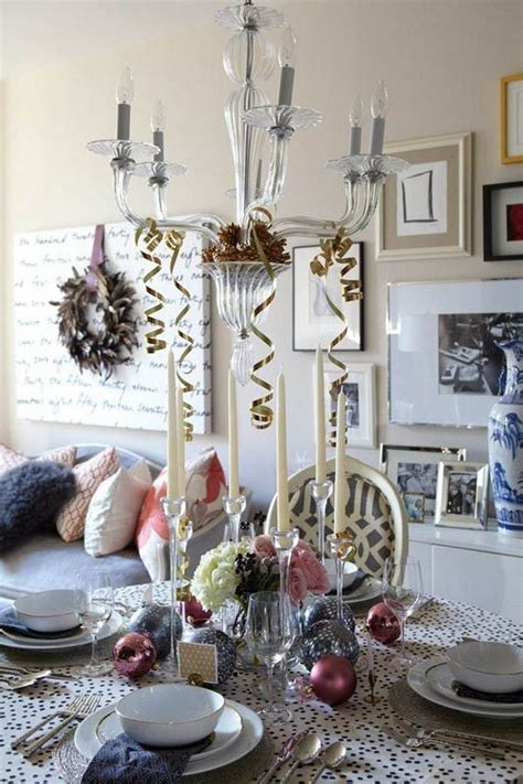 eye catching christmas table decorations   festive