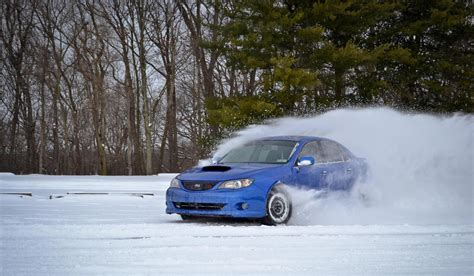 subaru drift snow subaru s snow drifting on homemade track youtube