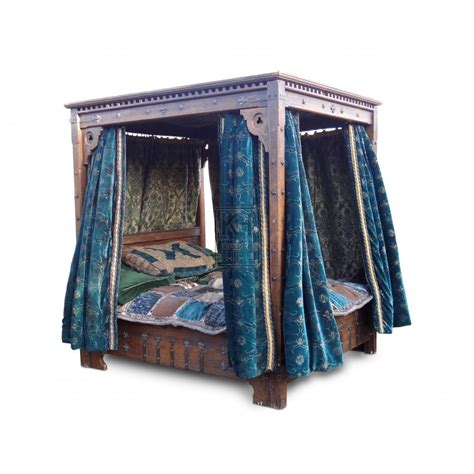 four poster bed drapes prop hire 187 beds 187 large 4 poster bed with velvet drapes