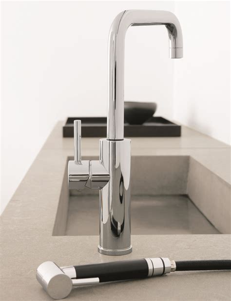 maestro bath mitu 3 italian modern single handle pull out brushed nickel italian kitchen faucet with pull out side