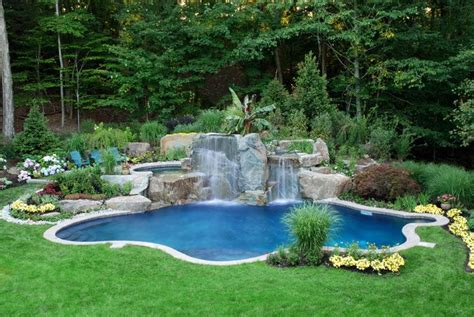 comfortable small backyard swimming pool in rectangular