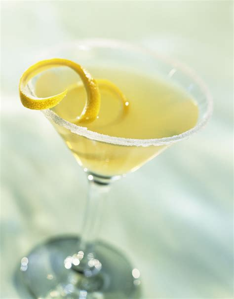 lemon drop martinis easy and fresh lemon drop martini recipe