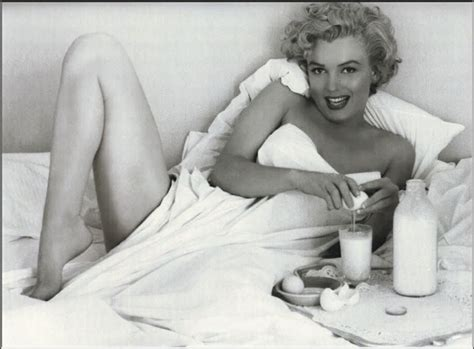marilyn monroe in bed marilyn pin up vs portrait i get a kick out of you