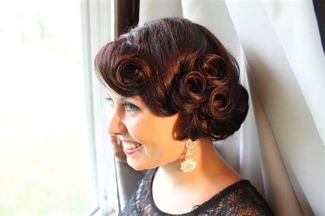 how to do a 1920s updo vintage updo wedding updo classy updo wedding hair
