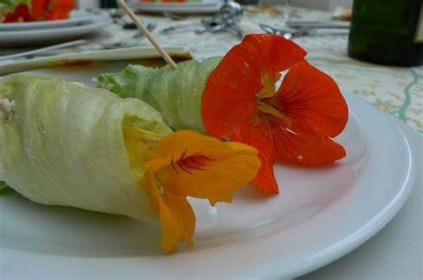 bloem ik blijf aan jeanne s keukentafel bloemensalade