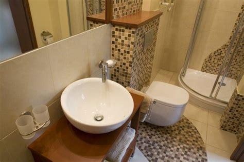 bagno piccolissimo consigli consigli per ristrutturare un bagno piccolo tassonedil