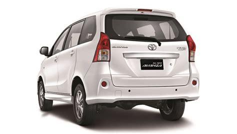 Tv Lcd Mobil Avanza toyota avanza veloz luxury rear indian autos