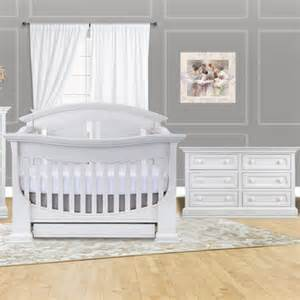 Baby Appleseed Crib Baby Appleseed 2 Nursery Set Chelmsford 3 In 1 Convertible Crib And Dresser In