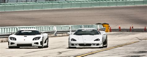 koenigsegg ultimate aero koenigsegg vs ssc ultimate aero