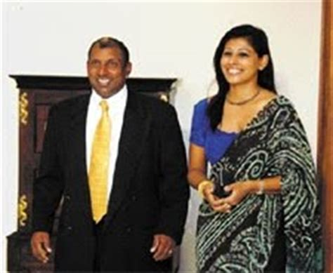srilankan cricketers wife/ girl freinds/ couples