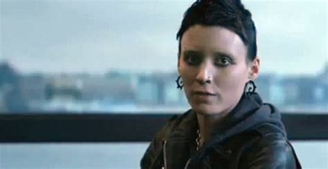 the girl with the dragon tattoo sex the with the remake gets a new trailer