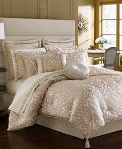 closeout j new york buckingham comforter sets
