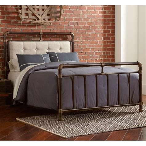 Iron Bed Headboard And Footboard Best 25 Iron Headboard Ideas On Farmhouse Bedrooms Simple Bedroom Small And Spare