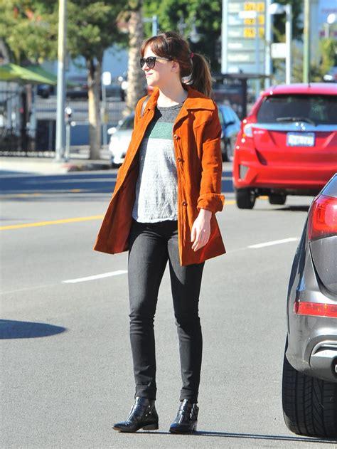 Blazer Casual Wanita Terang get the look dakota johnson forum indowebster idws