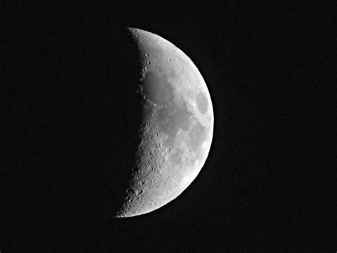 black and white moon wallpaper black and white moon 20 high resolution wallpaper