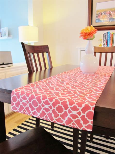 how to make a reversible table runner school of decorating