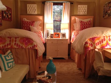 ole miss rooms ole miss room p s nat this reminds me of that dress you just saying