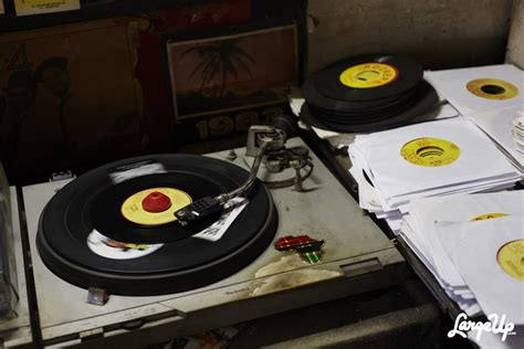 Jamaica Records Keep On Dubbing Inside Jamaica S Rockers International Record Shop Largeup