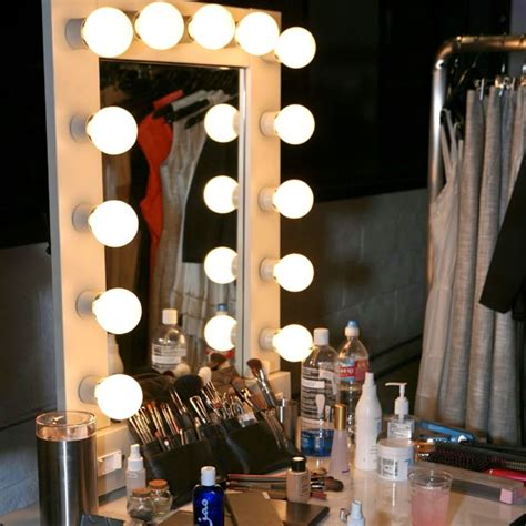 Vanity Mirror With Light Bulbs Around It by Secret Makeup Diary Lighted Makeup Mirror How To Make