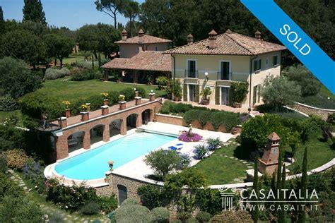 Casa Nuda by Villa In Vendita In Nuda Propriet 224 Tra Umbria E Toscana