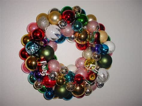 hazelruthes s christmas ornament wreath tutorial