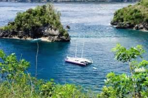 private catamaran cruise bali indonesia cruise private yacht charter to bali lombok