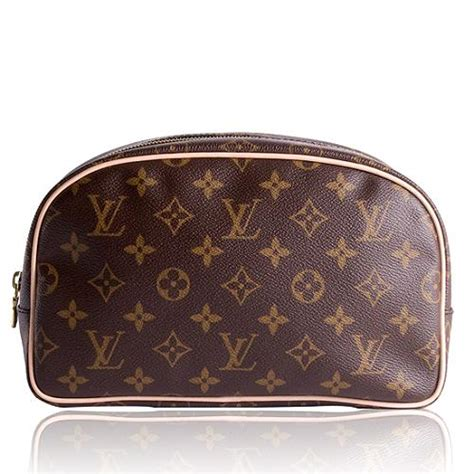 louis vuitton monogram canvas toiletry bag