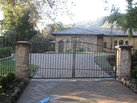 swing bi bi parting swing gate traditional exterior san
