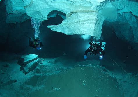 1000 images about underwater on pinterest cave diving