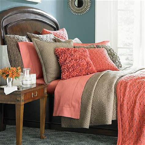 grey coral bedroom 22 beautiful bedroom color schemes decoholic