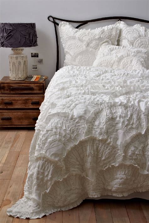 Quilt Sale by Anthropologie Bedding Sale Save 20 On Duvet Covers