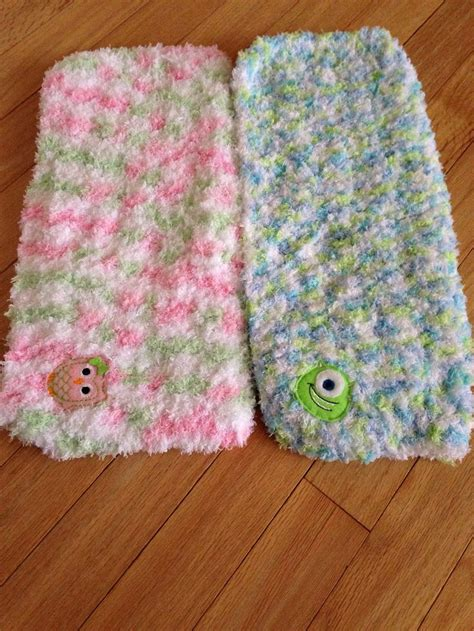 pattern for pipsqueak yarn blankies made with bernat pipsqueak yarn with an added