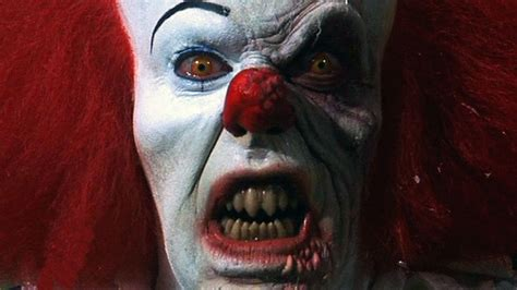 Film It Stephen King | it casting bill skarsgard is pennywise the clown