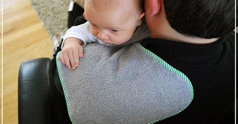 Carters Burp Cloth Handuk Untuk Sendawa perlukah menepuk belakang bayi sehingga mereka sendawa selepas diberikan doktor ini beri