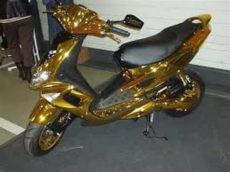 Motorrad Verkleidung Selber Lackieren by Roller Rolf Such Bastel Roller Youtube