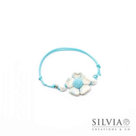 bracciale con fiore bracciale fiore bianco e azzurro handmade in fimo