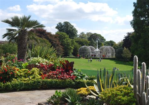 The Botanical Gardens Birmingham The Uk S Top Botanic Gardens The Garden