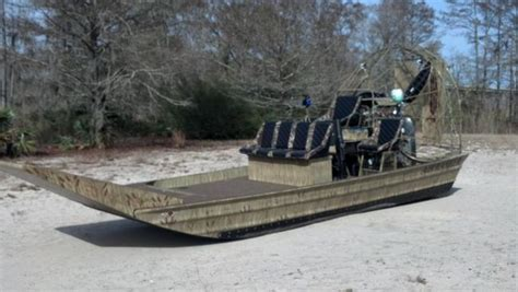 high performance airboats american airboats southern airboat picture gallery