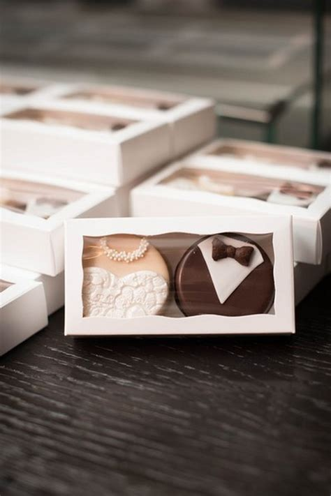 Eedible Wedding Favors by 20 Unique Edible Wedding Favor Ideas Emmalovesweddings