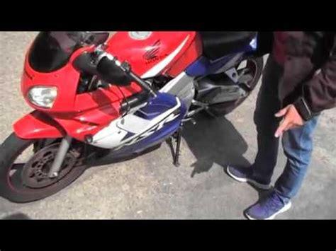 Motorrad Batterie Schnell Leer motorrad batterie leer probleme aufladen warten winter