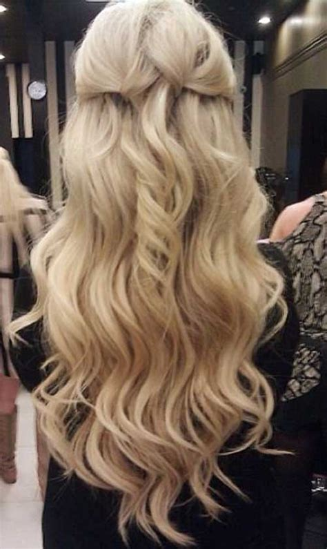 blond in front dark in back hair 20 best long hairstyles for curly hair hairstyles