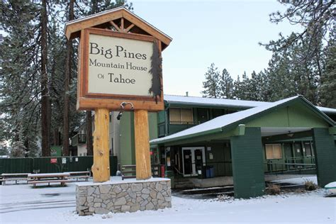 friendly hotels south lake tahoe big pines mountain house south lake tahoe friendly hotel purple roofs