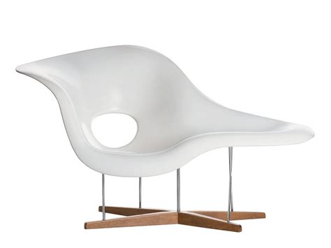 la chaise chair vitra la chaise by charles ray eames 1948 designer